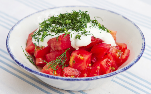 рецепты легких летних салатов из помидор