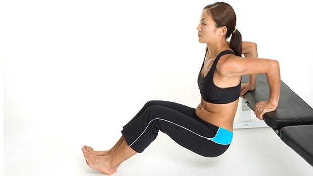 йога для здоровья женщины трицепсы