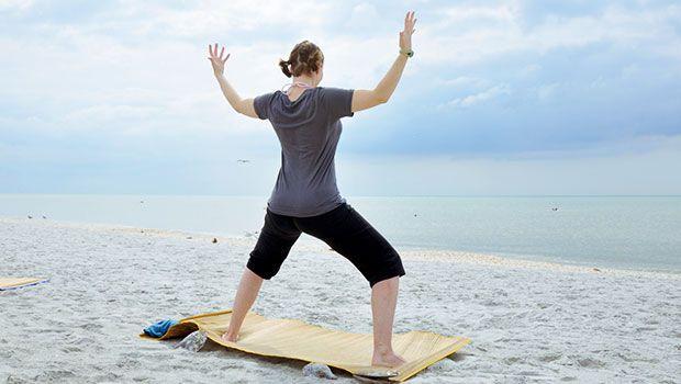 йога для женщин поза богиня