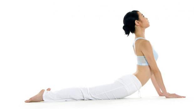 yoga-dlya-zdorovya-zhenschiny9