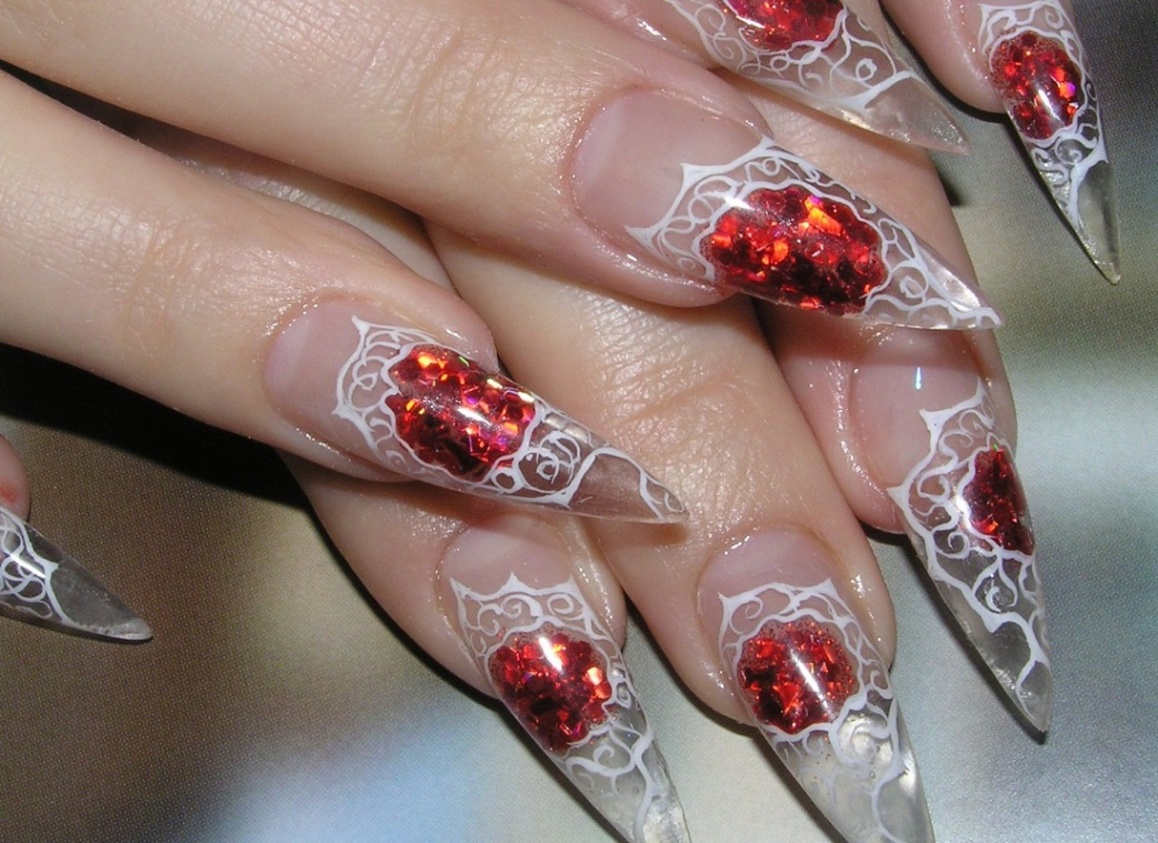 кружевной аквариумный дизайн ногтей