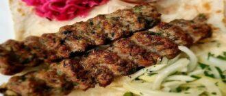 люля-кебаб на мангале из свинины